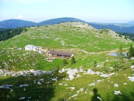 Trekking sull altopiano di asiago for Altopiano di asiago appartamenti vacanze